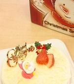ホワイトチョコレートケーキ
