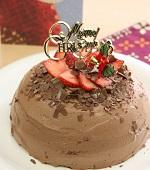 チョコのドームケーキ