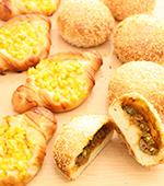 湯種のお惣菜パン『カレーパン&コーンマヨ』