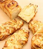 手作りハチミツレモンシートのパン